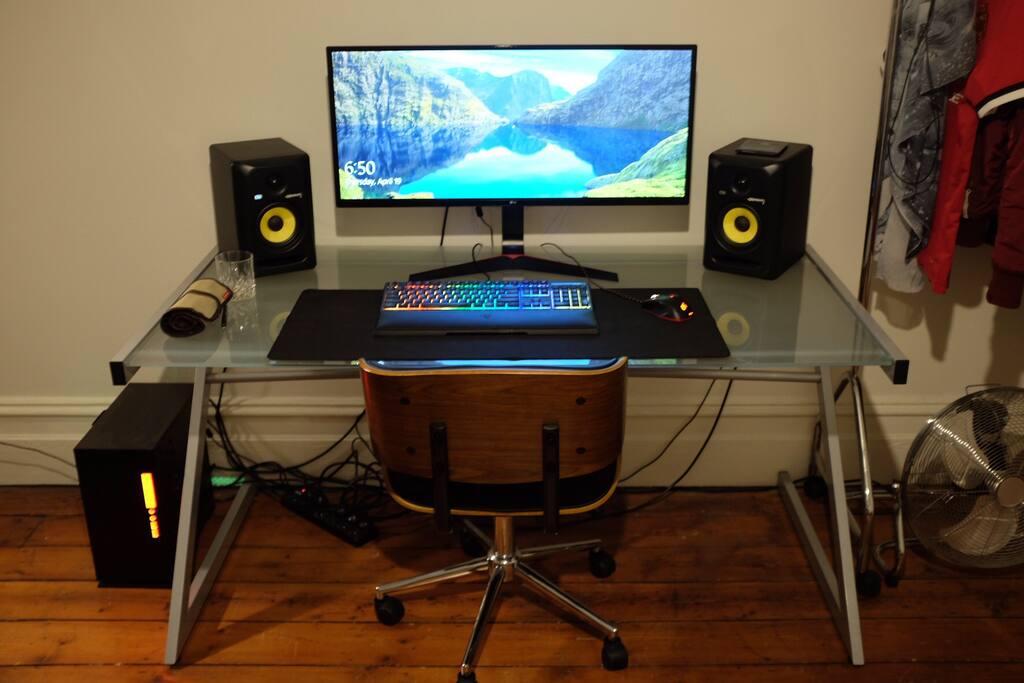 Computer Desk & Speakers