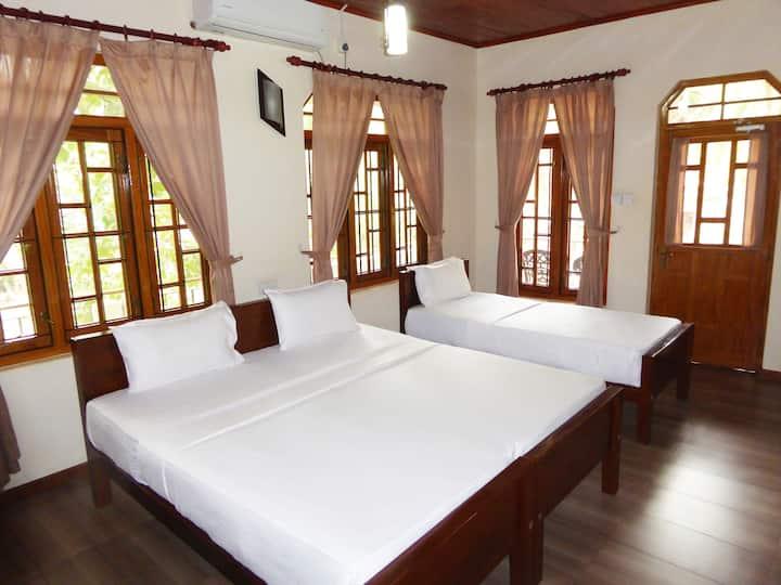 Riviera Standard Triple Room