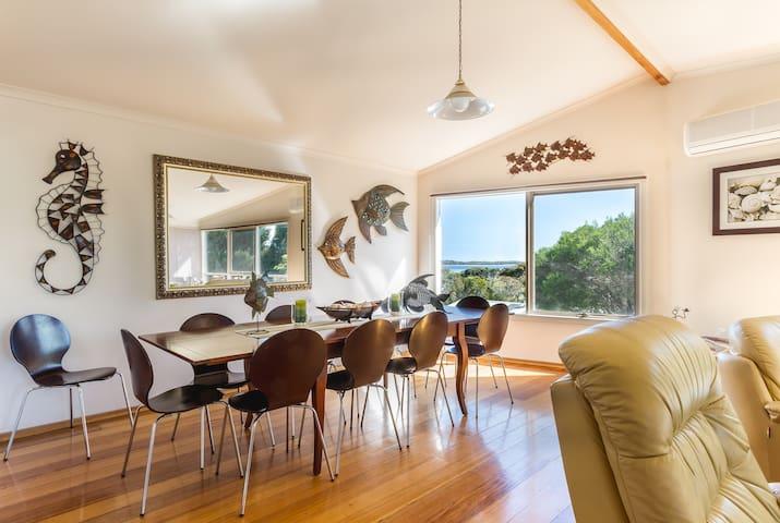 San Remo Beach House - San Remo