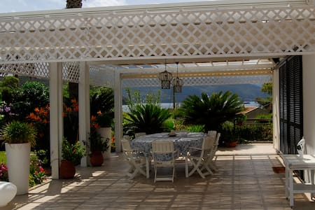 Beautiful villa 50 m from the see - Scaglieri - Βίλα