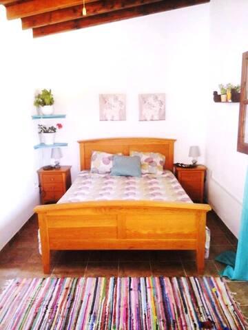 Tochni Cottage
