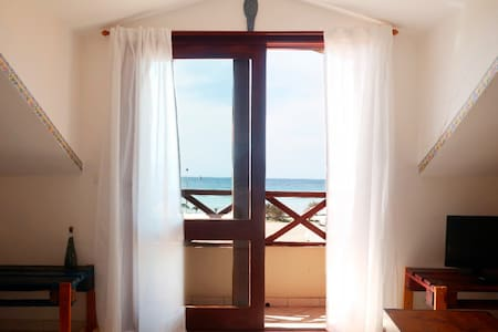 Sea views apartment in front of the best beach