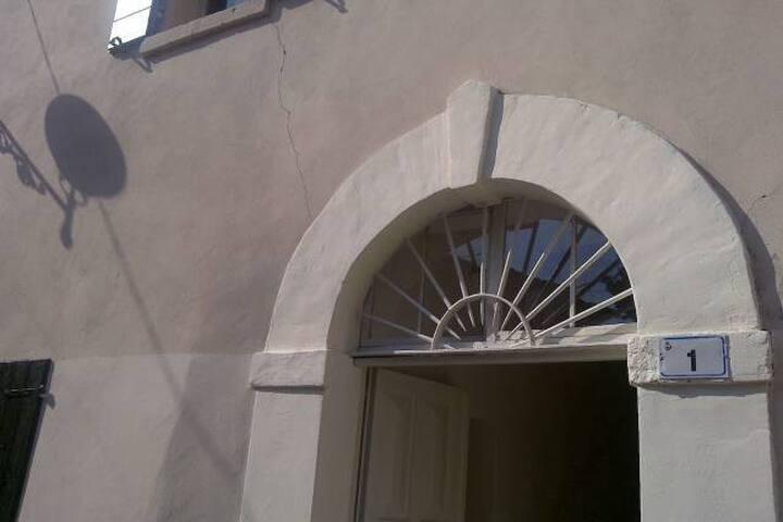 Casa antica sulle colline di Riccione