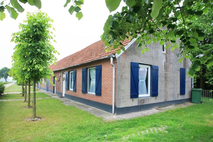 Vrijstaand vakantiehuis in Noord-Limburg met een binnentuin