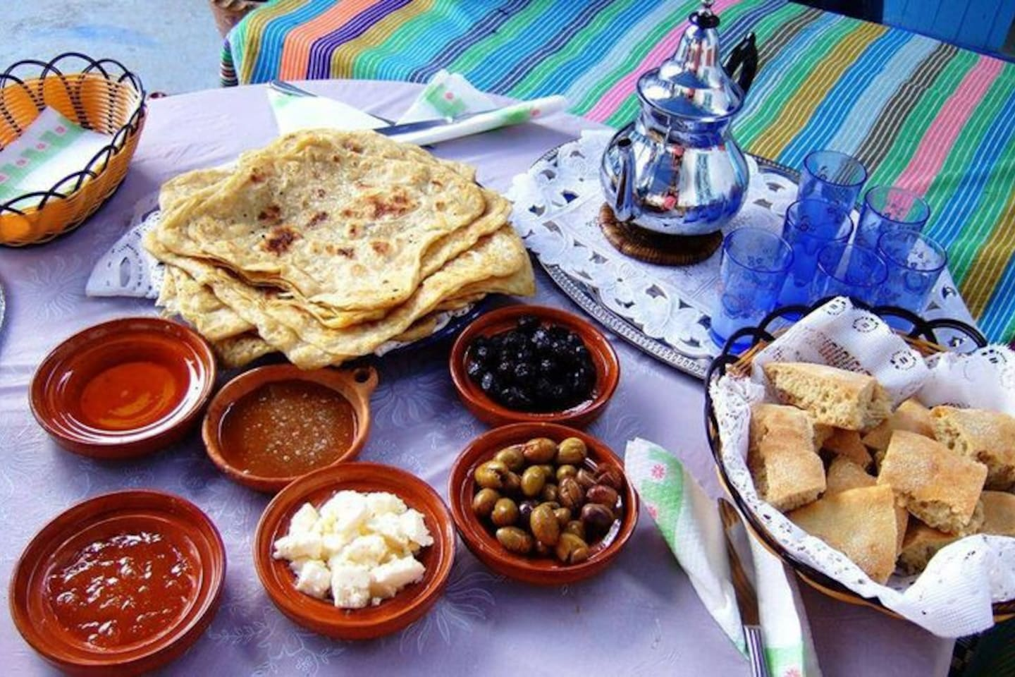 Delicious breakfast included with your stay; enjoy local olives, honey, fresh bread, tea, coffee, freshly-squeezed orange juice, butter, and jam. Guests LOVE our breakfast!
