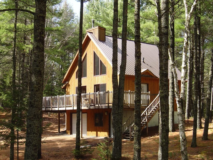 Safe, CLEAN & Secluded Cabin in the Woods