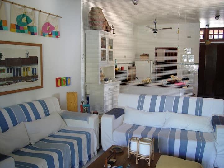 casa na Barra do Una, 150m da praia