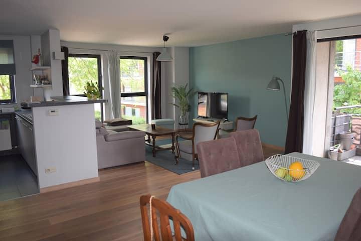 Appartement in centrum met uitzicht en terras
