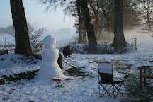 Wir bauen eine Schneefrau