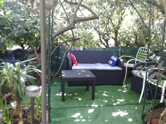 The Plants Kingdom - Rennes - Bed & Breakfast