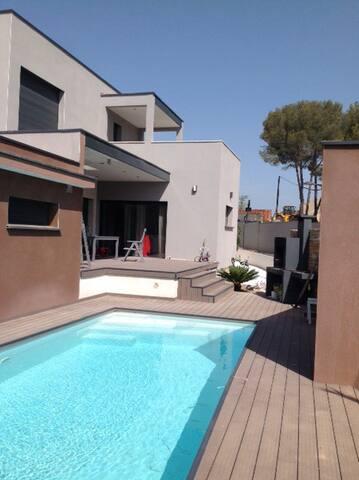 Villa contemporaine récente piscine - Jacou - Huis