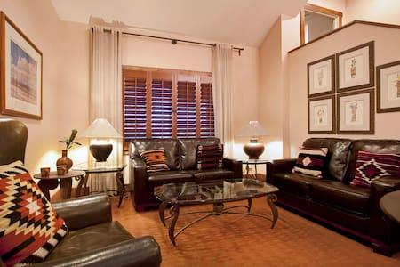 Lovely Room at the Inn with Pool-B - Santa Fe