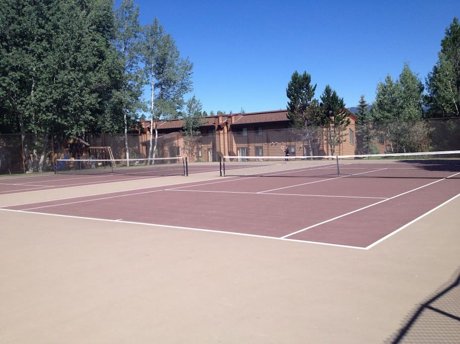 Tennis Courts Here