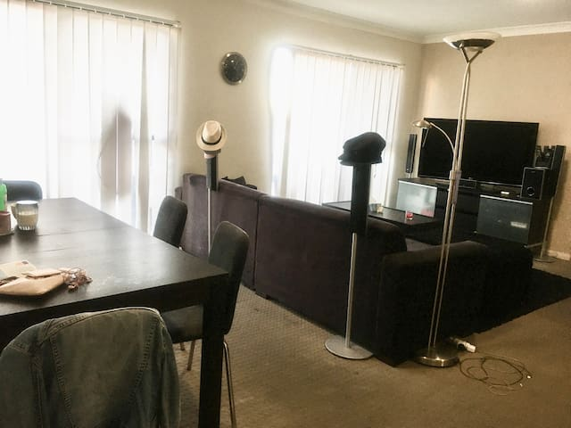 Furnished Private Room with Ensuite in Blacktown