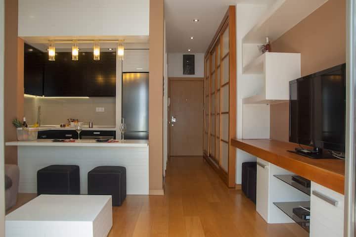 NEW Spacious luxury studio in elite neighborhood