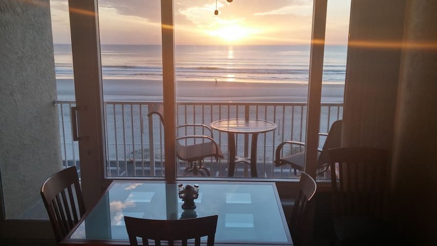 Ocean Front at Pirates Cove #224. - Daytona Beach - Condominium