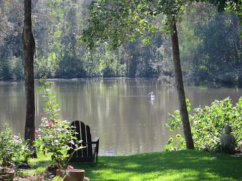"""Serenity by the Lake """"A Hidden Gem"""""""