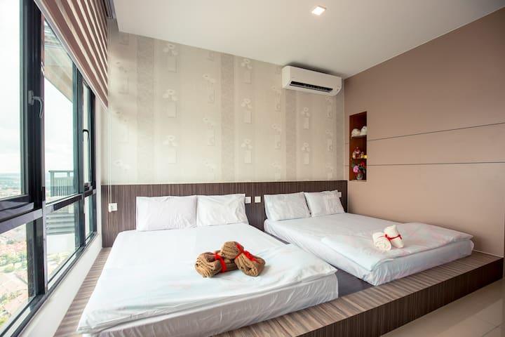 Molek regency luxury homestay