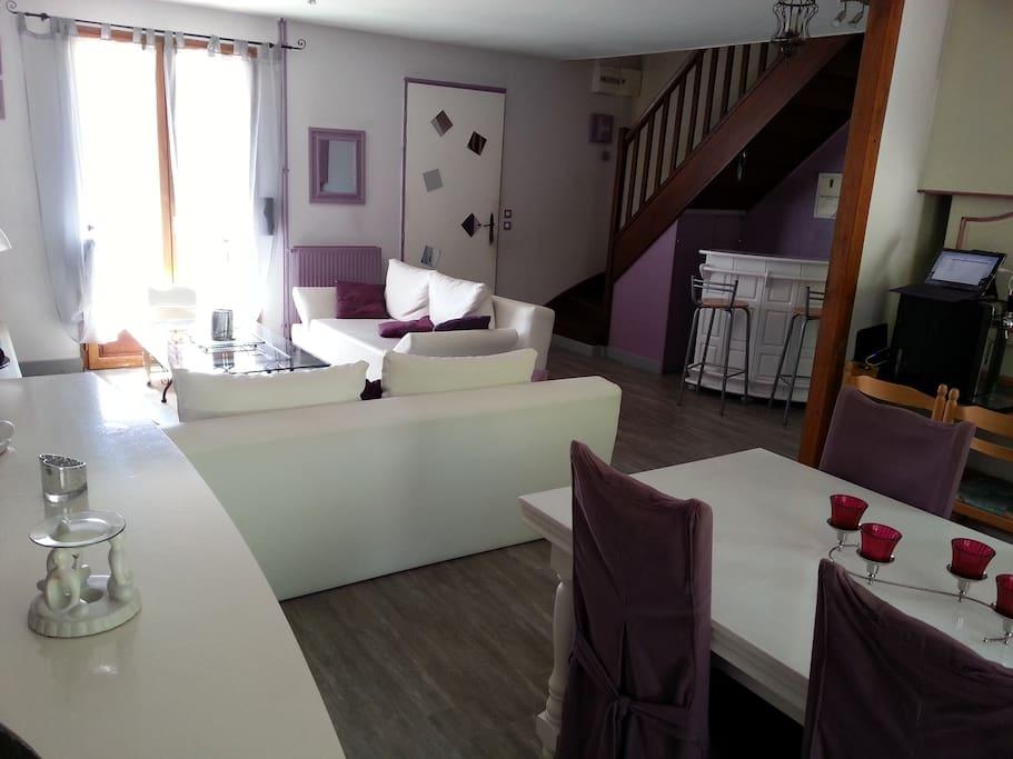 chambre proche chantilly et paris maisons louer brenouille picardie france. Black Bedroom Furniture Sets. Home Design Ideas