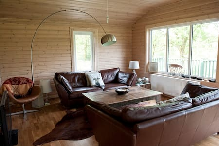 Stylish Cosy Lodge in Grizedale Forest area - Satterthwaite - Sommerhus/hytte