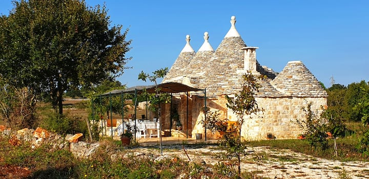 Trullo Foxtrot secluted and green surrounded house