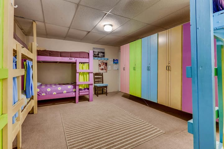 Single Bunk Bed in Male Dorm Room - Room # 9