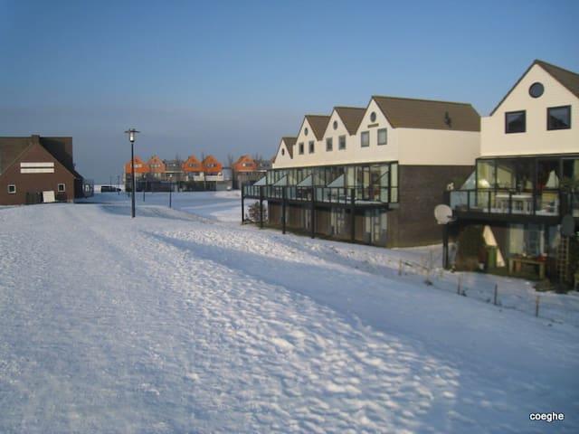 Vakantiehuis Dwinger in Stavoren Fr - Stavoren - Apartamento