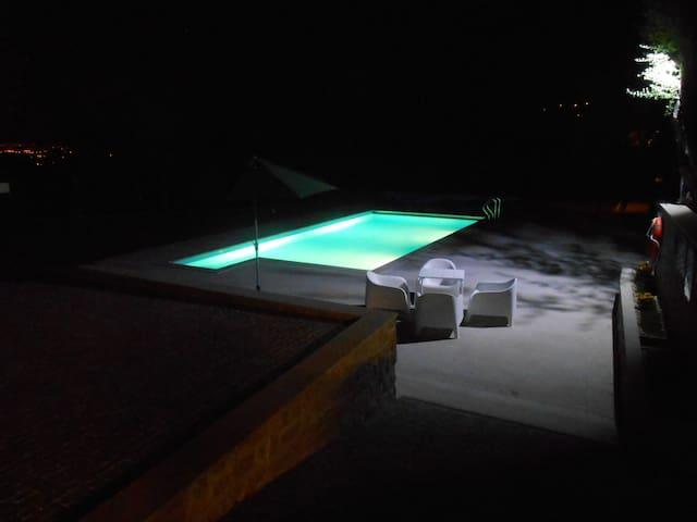 Casa tranquila com muito espaço - Vila Verde