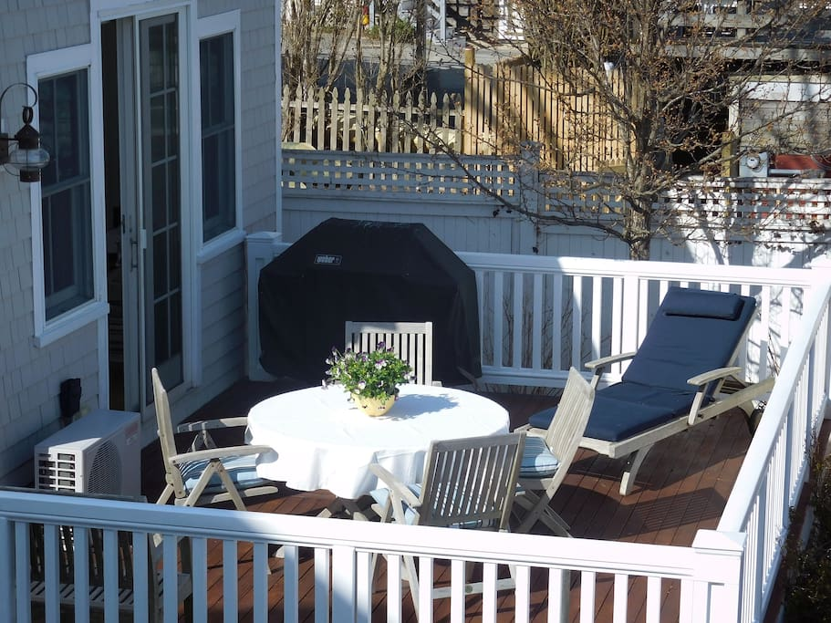 private patio, seating for 6, BBQ, Chase, unobstructed bay views
