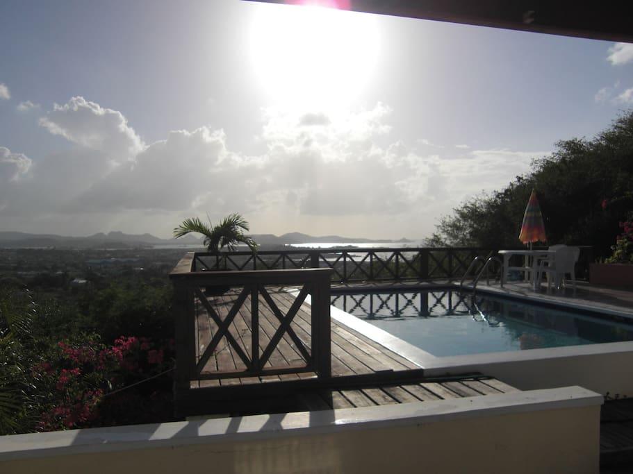 Private pool & private porch