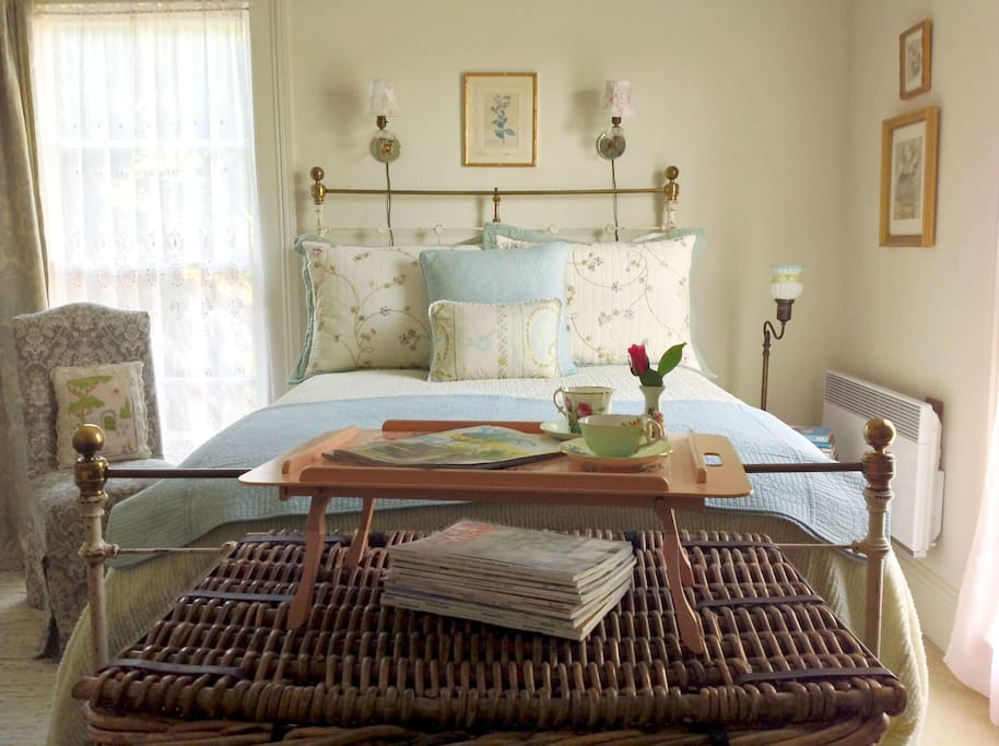 Vintage decor, feather beds and down comforters for Pescadero's cool coastal nights