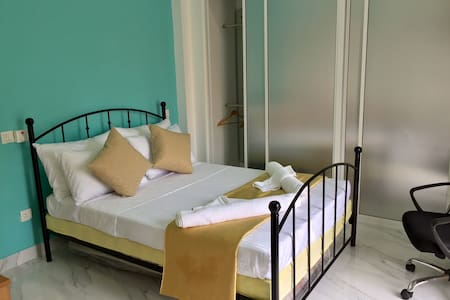 Mansion by the Sea With B'Fast Wifi - Negombo