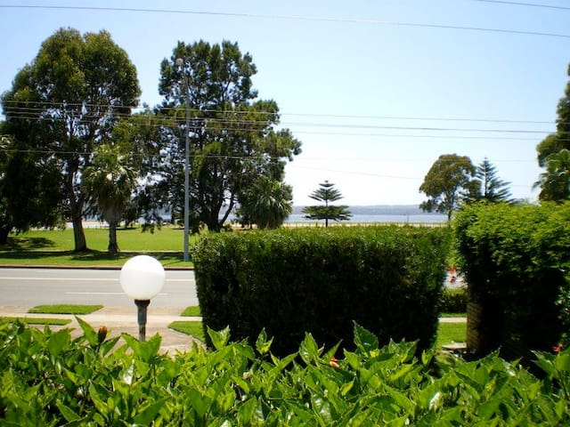 1 Commodore Batehaven Batemans Bay - Batehaven - Apartment