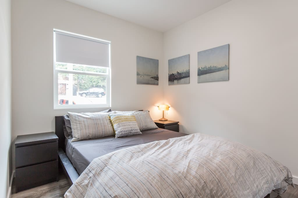 Bedroom #1: Queen memory foam topped mattress