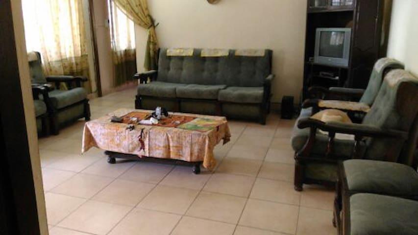 F3 climatisées dans villa à Lomé