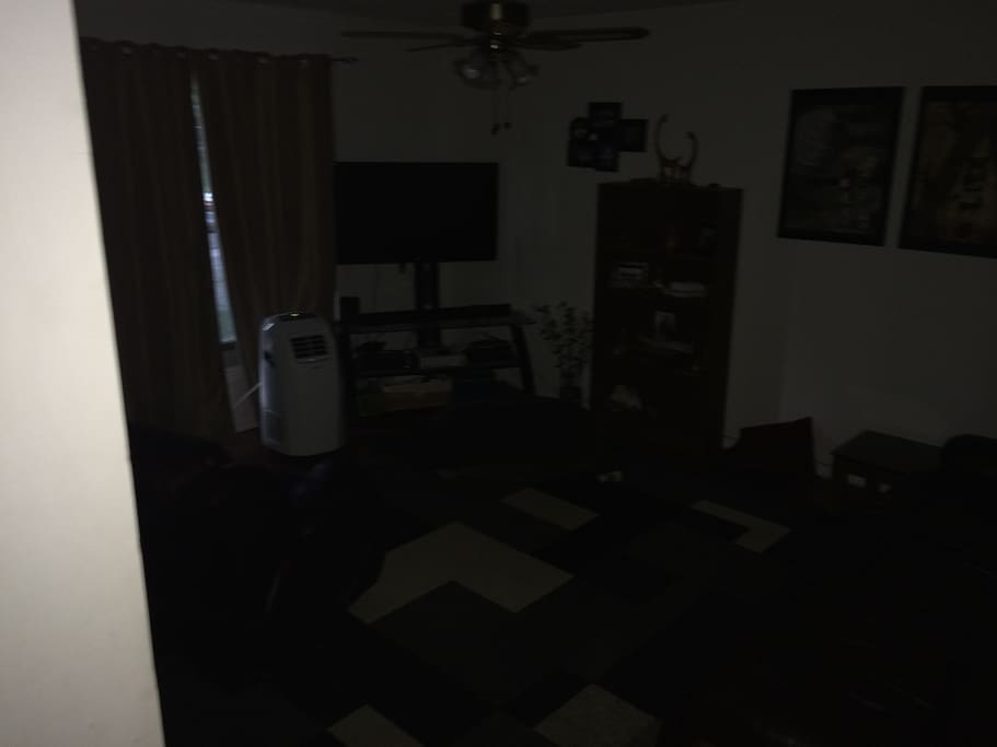 Living room with Cable TV, Internet, Xbox360 and PS3