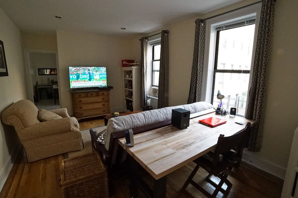 Cozy Roomy 1 Bedroom Apt Astoria Flats For Rent In