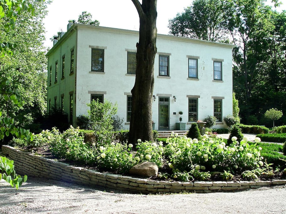 Queen And I Bed And Breakfast Crawfordsville In
