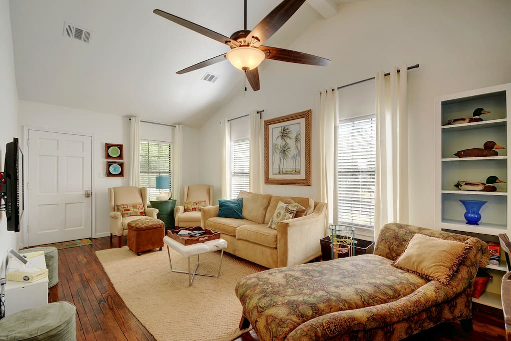 This comfy living room was made for catching up with friends and family!