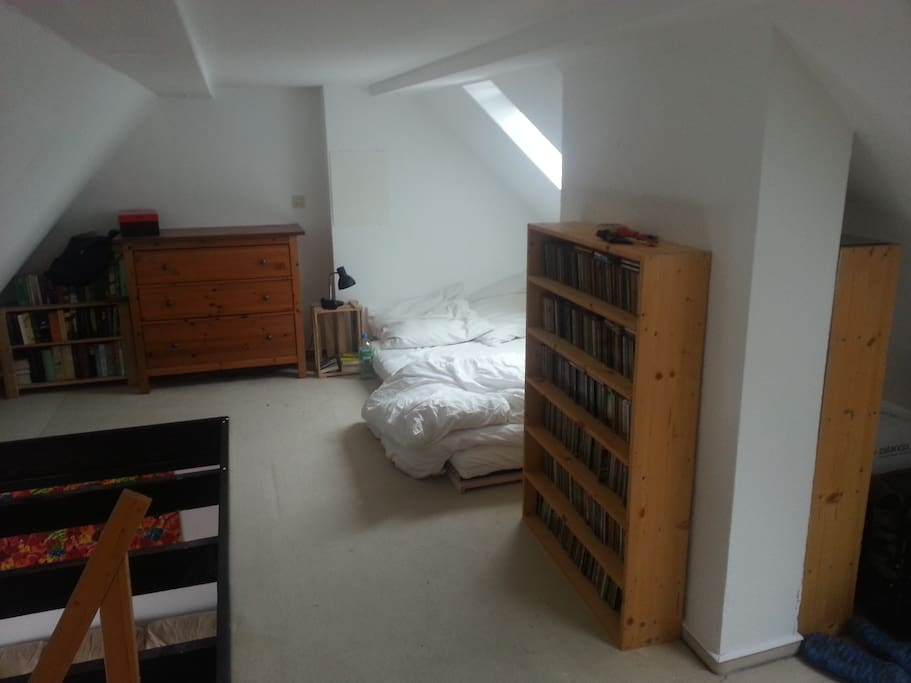 penthouse wohnung 48m innenstadt wohnungen zur miete in. Black Bedroom Furniture Sets. Home Design Ideas