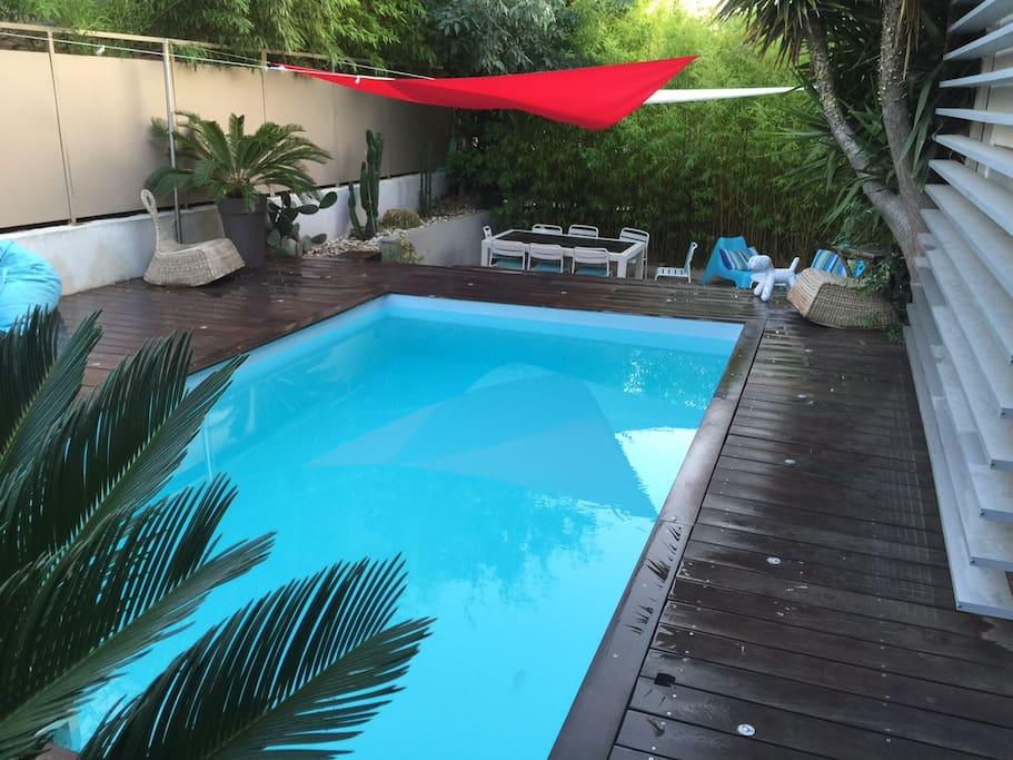 maison au calme avec piscine houses for rent in marseille provence alpes c te d 39 azur france. Black Bedroom Furniture Sets. Home Design Ideas