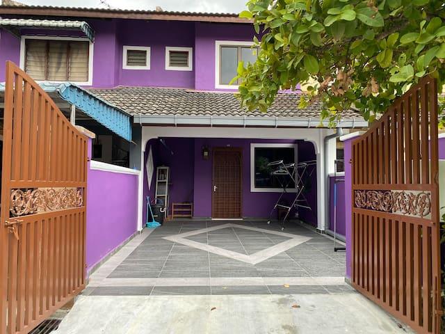 DTasek Homestay Bandar Seri Alam (BUDGET style)