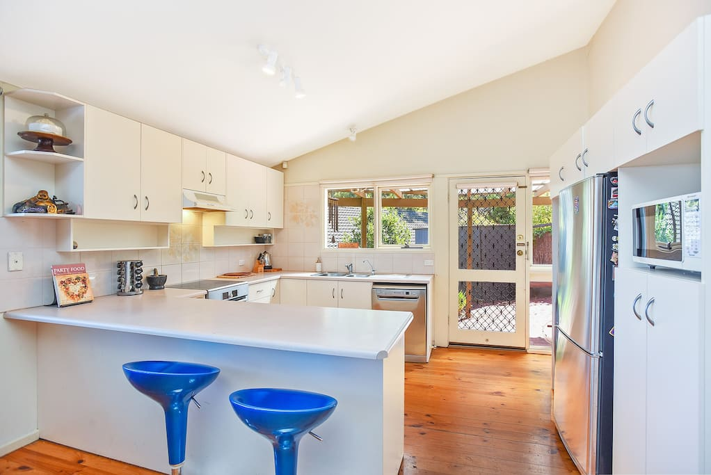 Spacious and bright kitchen with all the modern amenities