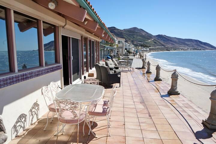 Mondos Spanish Sunset Beach House