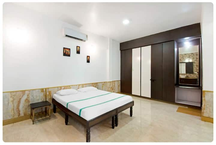3 BHK Bunglow, Ac Rooms, Private Pool & Barbeque!