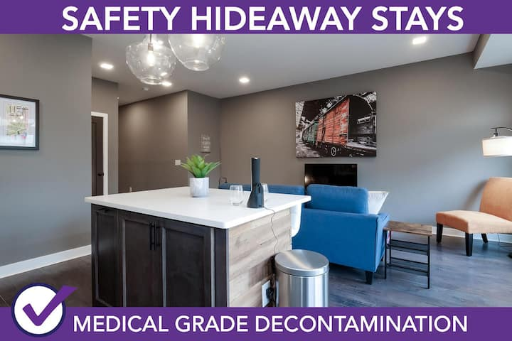 Safety Hideaway - Medical Grade Clean Condo Minutes from Downtown D4