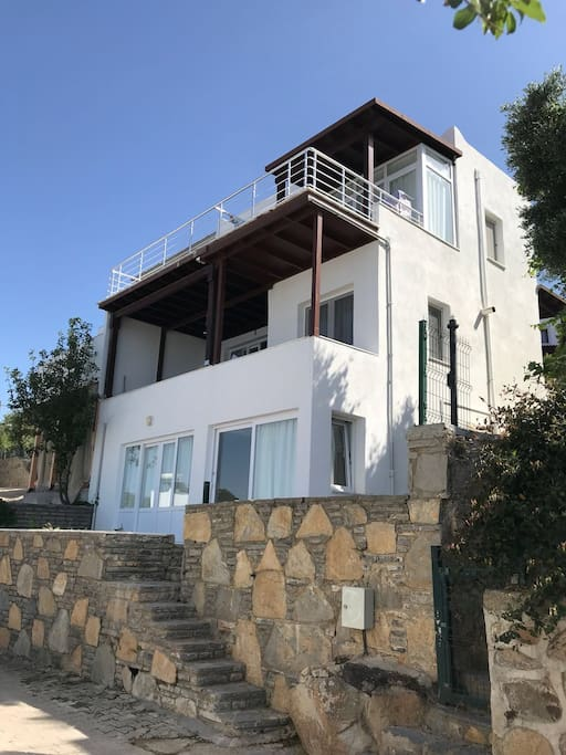 Villa Nur