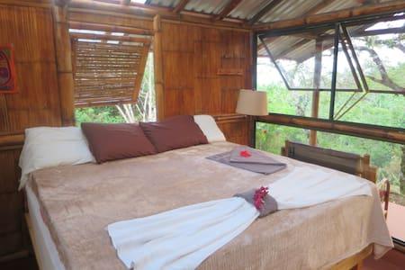 Romantic Bamboo Cabana - Cabin