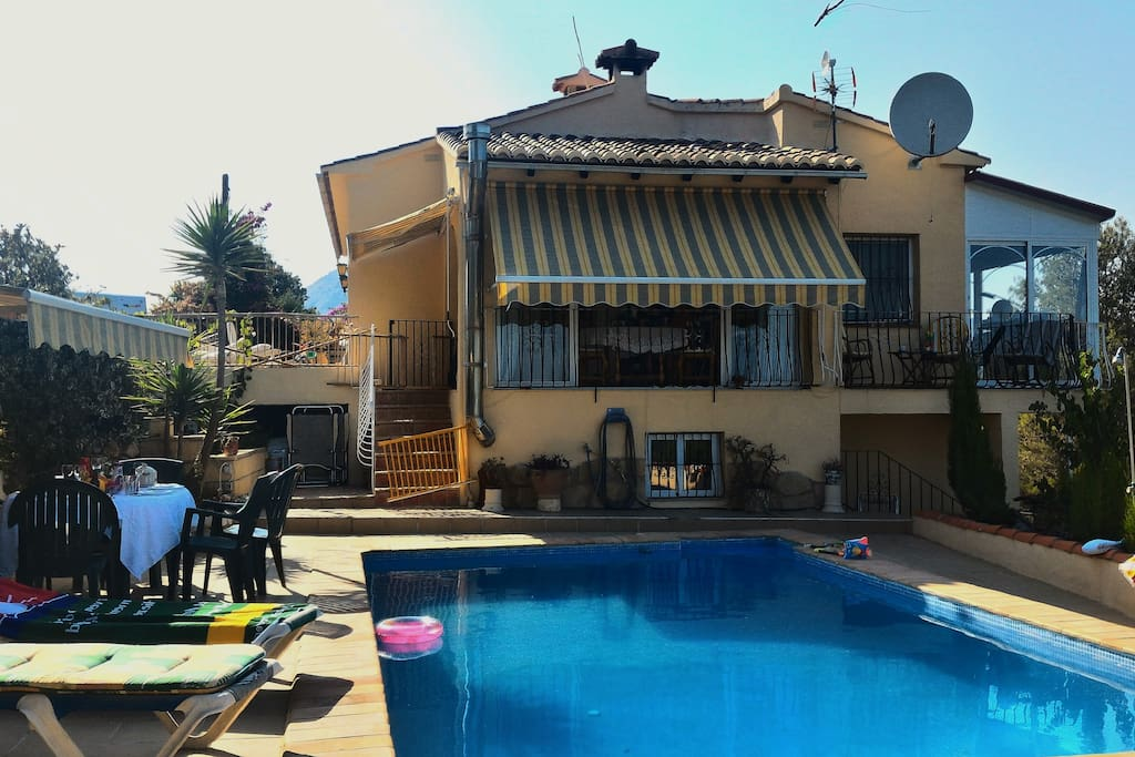 Pool site villa