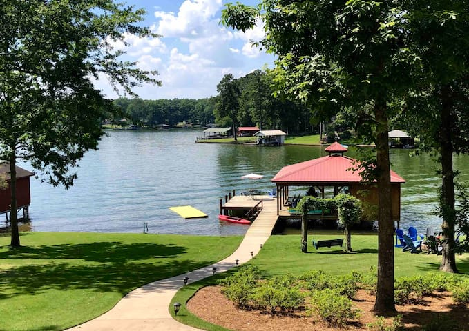 4BR Lake Sinclair/Eatonton Sleeps14 SCREENED PORCH